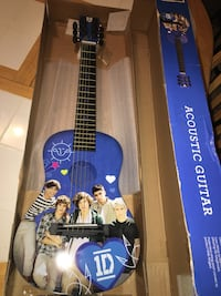 One Direction Acoustic Guitar  Shepherdstown, 25443