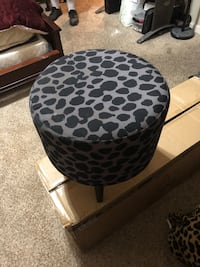 black and brown leopard print ottoman Fresno, 93723