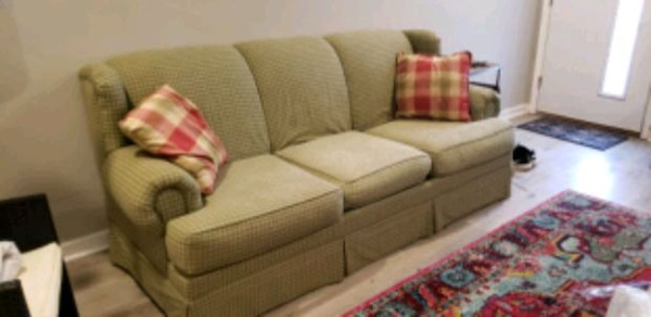 Used Green Country Sheek Sofa For Sale In Philadelphia Letgo