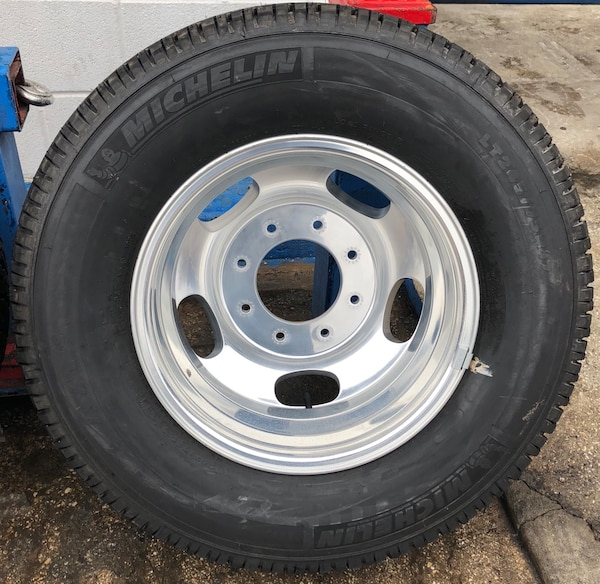 Used Ford F350 Dually Wheels >> 17 Inch Ford F 350 Dually Rims With Michelin Tires