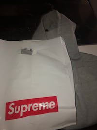 Authentic Supreme Hoodie  Ajax, L1T 4E3