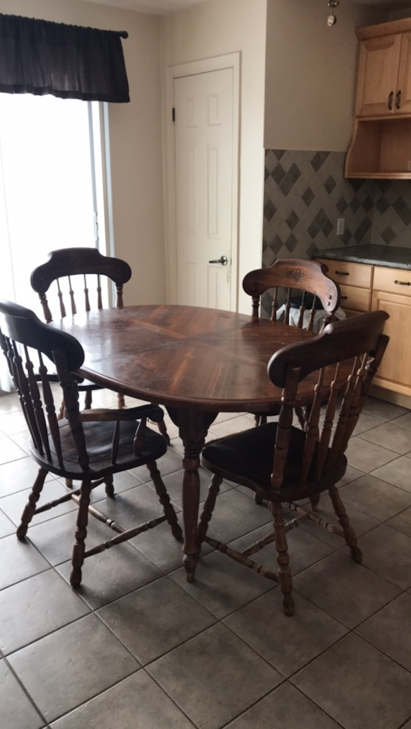 Used Wooden Dining Table Extension And Five Chairs For Sale In Montreal