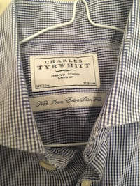 Charles Tyrwhitt Non-Iron Shirt London, NW4 2HH