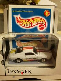 MUSTANG SPECIAL EDITOIN HOT WHEELS