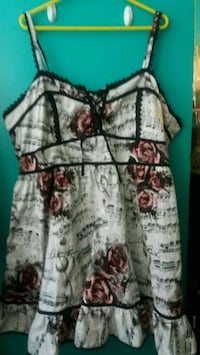 SIZE 28 NWT Hot Topic rose and music note dress Halethorpe, 21227