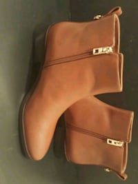 pair of brown leather boots Waldorf, 20603