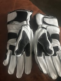 Motorcycle gloves xl Fairfax, 22031