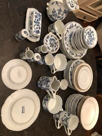 white and blue floral ceramic dinnerware set Silver Spring, 20902