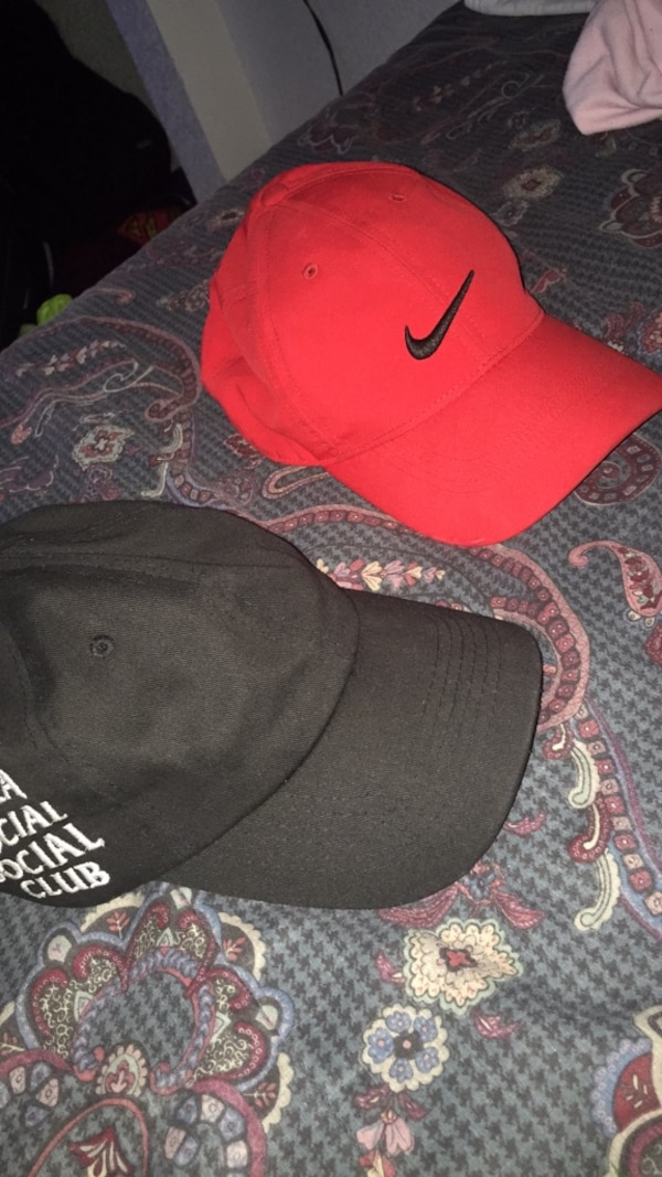 Used Pair of red-and-black nike hat for sale in Colorado Springs - letgo 5d4f58ffc5f2