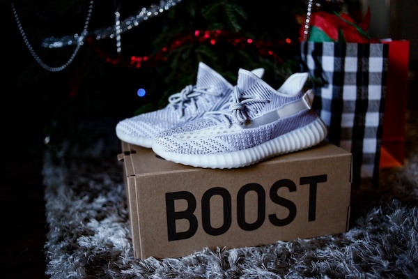deda4be228a Used Yeezy 350 Static Size 12 for sale in Los Angeles - letgo