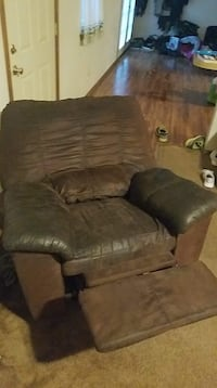 Couch, loveseat, recliner Asher, 74826