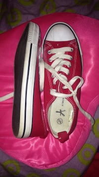 Fausses converse rouge