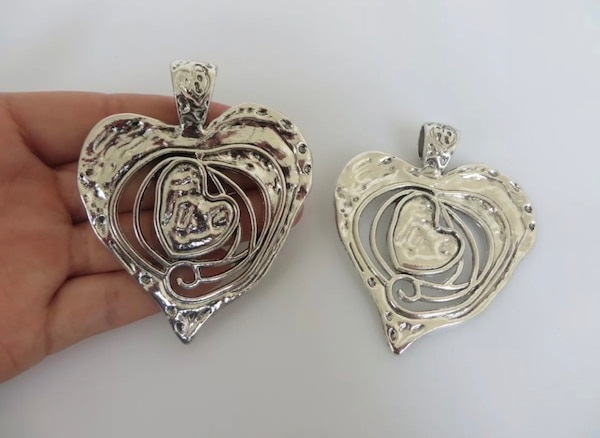 Beautiful Large Abstract metal allow HEART pendants. 0