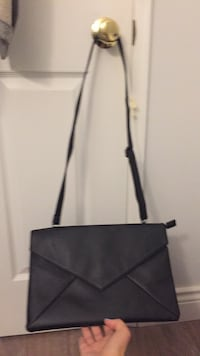 Black leather clutch with removable straps  Toronto, M4W 1A9