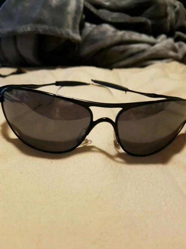 black framed Ray-Ban sunglasses