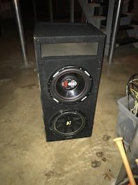 2 12 inch subwoofers and amp Marietta, 30067