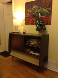 Vintage Bar/Stereo/Record Player. 1950