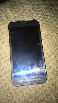 Samsung galaxy s6 active Barrie, L4M 6S3