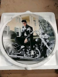 Elvis Presley Collectable Plate North Bergen, 07047