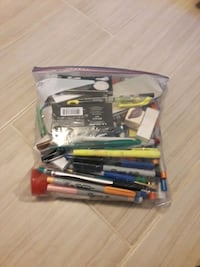 Assorted coloring supplies Pace, 32571