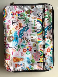 LeSportsac Hawaii edition laptop case. Authentic. 16x11.5x2 inches. Zippier closures with a side zipped compartment. Excellent condition.