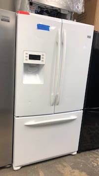 French doors refrigerator excellent conditions