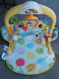 baby's green and white bouncer Merced, 95341
