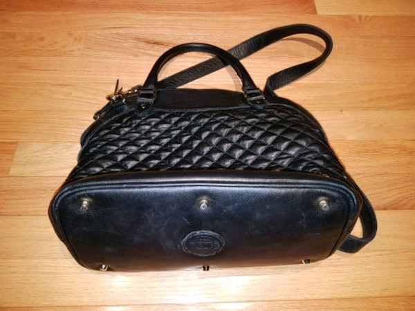 277c0bafe65f Used Used roots women purse for sale in Vaughan - letgo