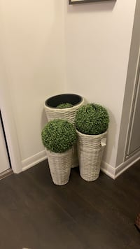 Large basket for vases
