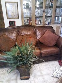 Leather sofa and love seat  Lubbock