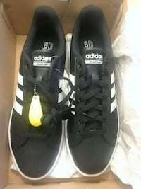 shoes Adidas new  San Diego, 92129