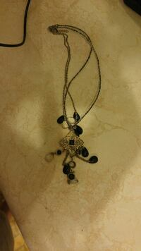 black and silver diamond embellish necklace Calgary, T2A 6C8