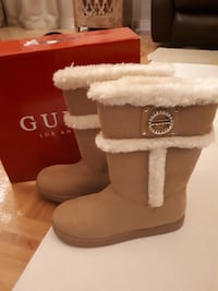GUESS boots MISSISSAUGA