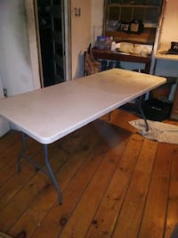 Foldable table(02128)