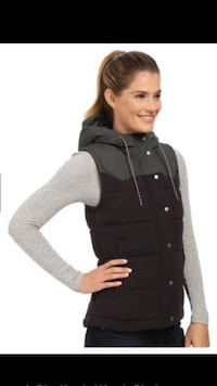 As new ~ Patagonia Bivy down vest ~ women's large ~ retails $250+ Surrey, V4N 6A2