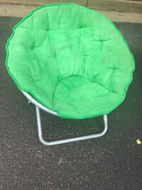 green and white moon chair Chantilly, 20151