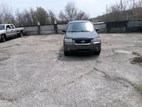 Ford - Escape - 2006  parts or whole excellant tir Youngstown