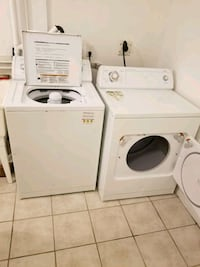 Whirlpool Washer & Dryer in excellent condition! Toronto