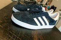 Adidas low-top Gazelle size 9 worn once Toronto, M8V 0A5