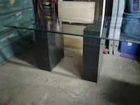 Glass table 30.00 Calgary, T2B 2G4