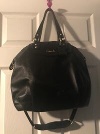 Coach purse and matching wallet. Great condition from smoke and big free home Hamilton, L9C 4S5
