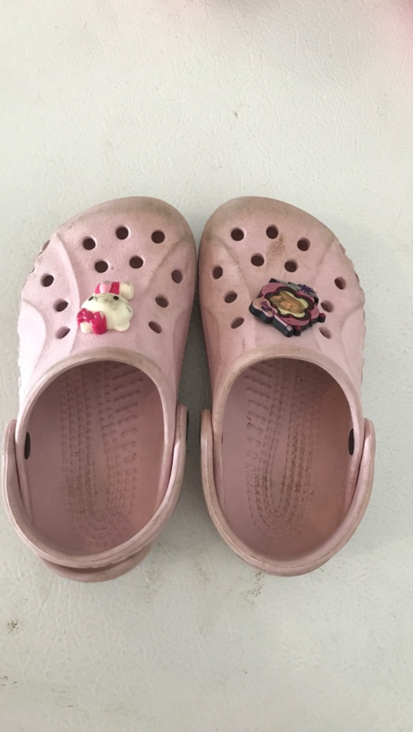 8ebafacff Used pair of pink Crocs rubber clogs for sale in Glenview - letgo