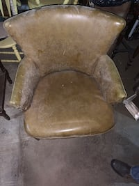 Chair Rounded Back
