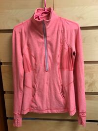 Three Lululemon pullover size 6 Vancouver, V5R