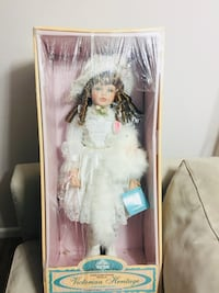 Victorian Heritage/Victoria by Victoria Ashlea Collector Doll Springfield, 22150