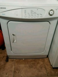 white front-load clothes washer Toronto, M1J 3G3