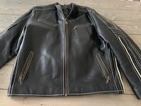 Men's XL leather jacket with lining.  Mint condition   Sherwood Park, T8H 1T4