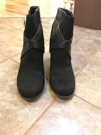 Size 13 christian siriano boots