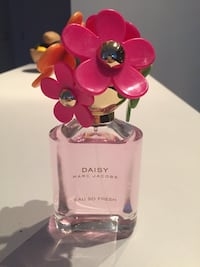 Marc Jacobs 75mL - Daisy (Limited Edition) Toronto, M6K 0B4
