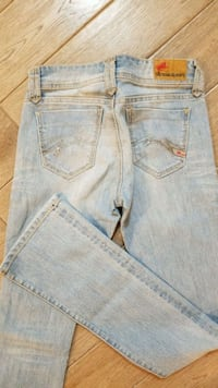 Parasuco  low rise staight cut jeans ,like new, Edmonton, T5T 5M3